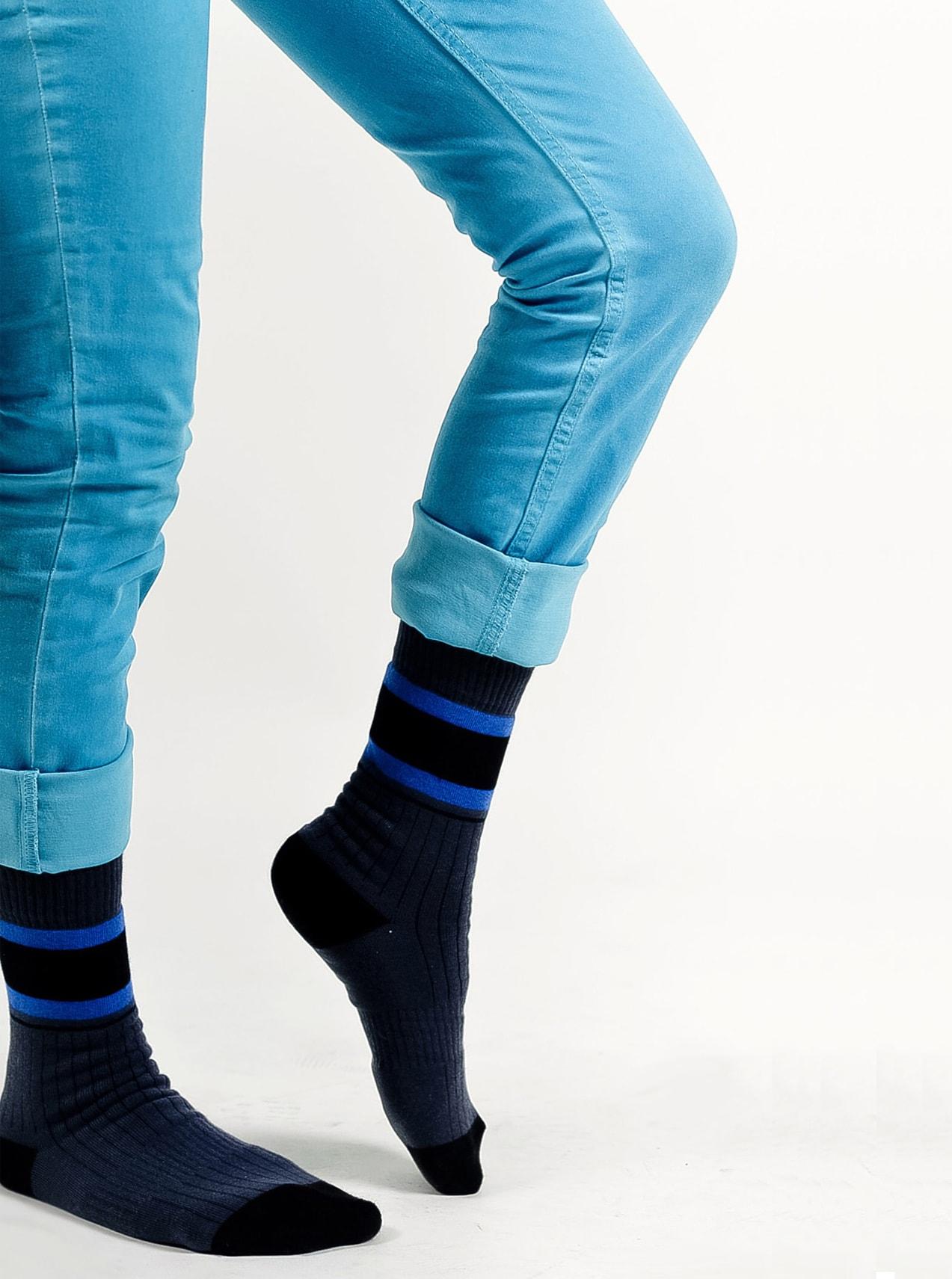 Серые носки женские
