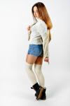 Фото білих заколінників на моделі photo 5